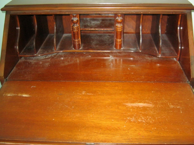 How To Clean And Restore Old Grimy Wood Furniture Lynda