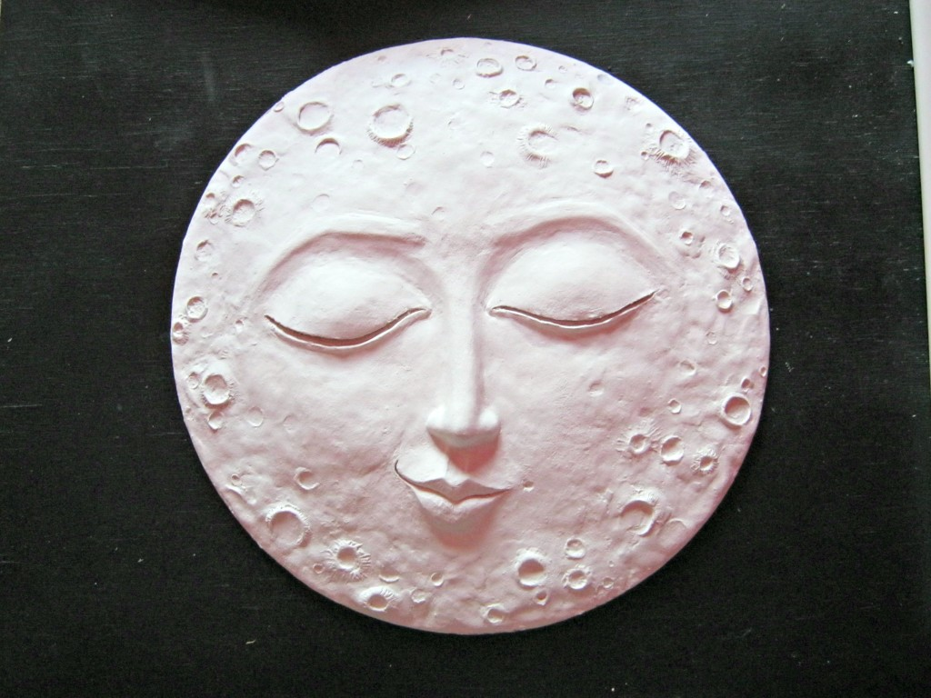 Sleepy moon wall art paper clay tutorial lynda makara for Clay mural tutorial